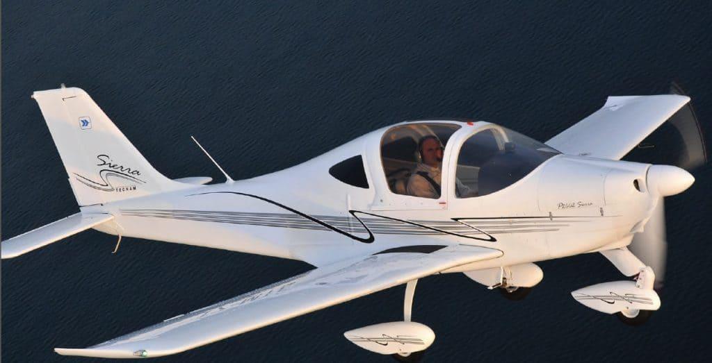 aereo sierra turbo per esperienze di volo